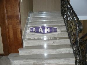 Schody-granit_antyposlizgowe_wewnetrzne_zewnetrzne-23_wynik